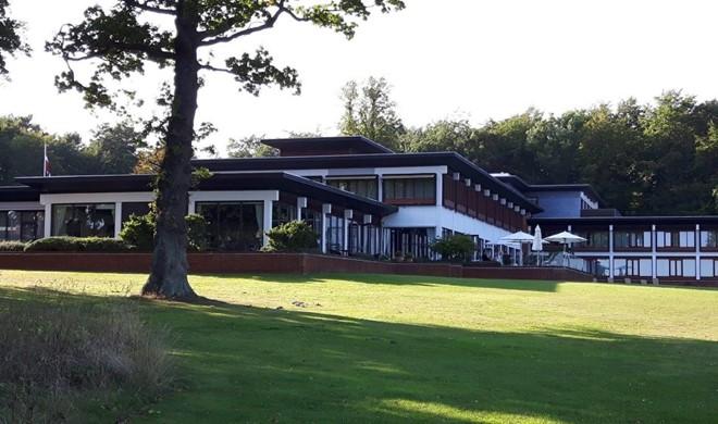 Golfophold - find golfbaner og hoteller til golfferien i Fyn - GolfersGlobe