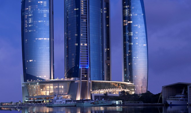 Abu Dhabi, Forenede Arabiske Emirater, Jumeirah at Etihad Towers
